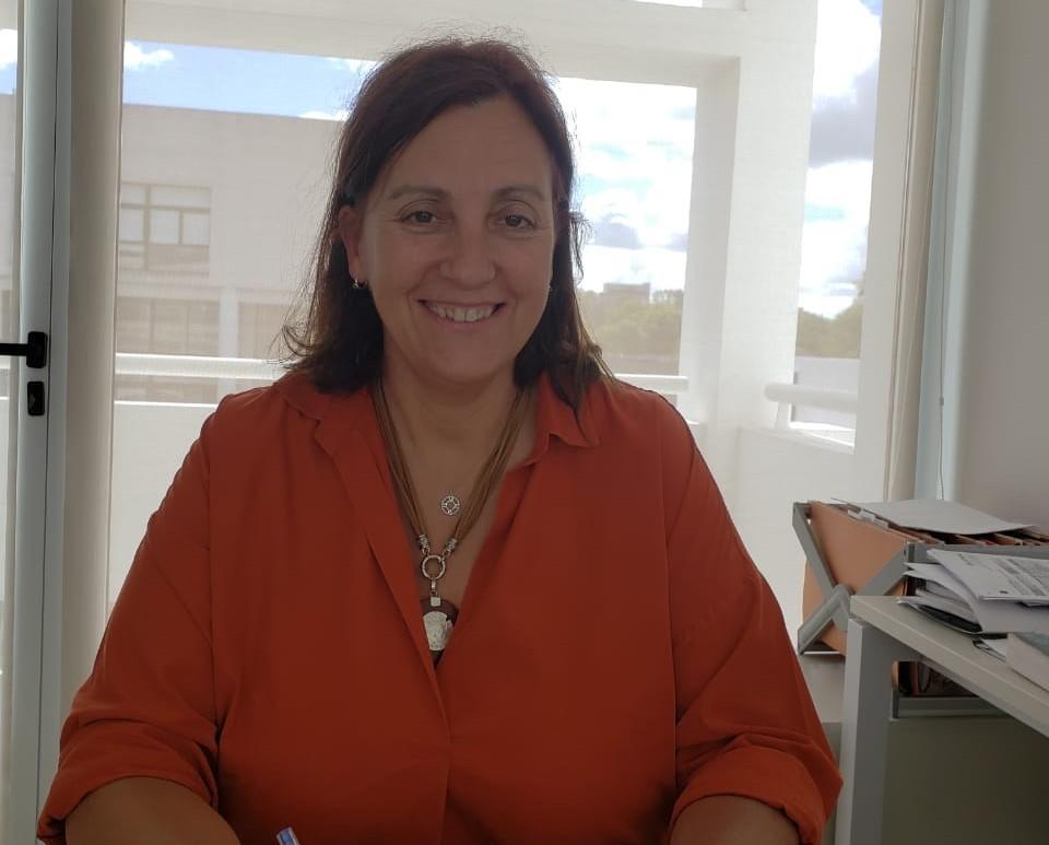 Dra Marcela Fernández van Raap