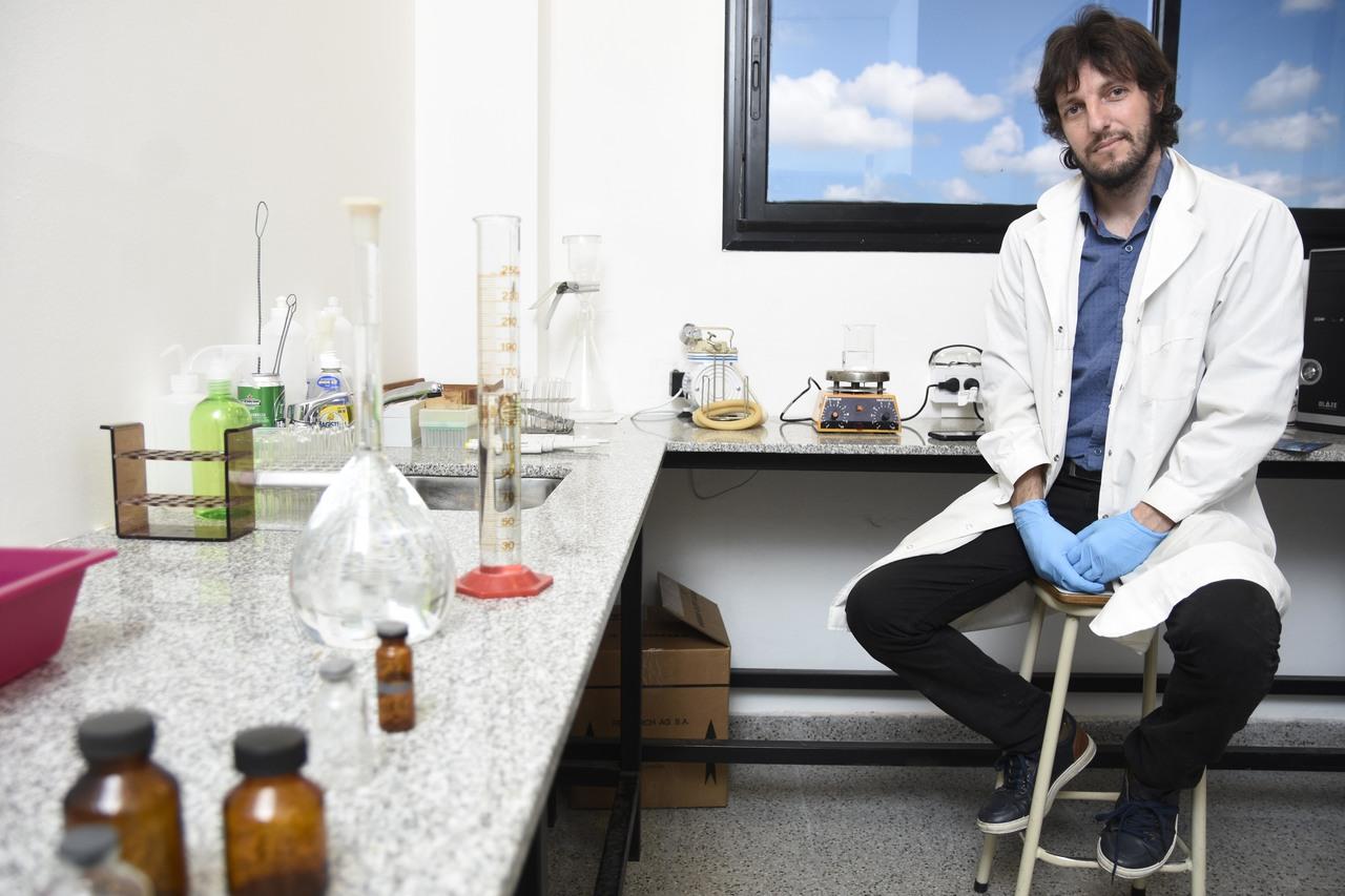 Laboratorio de la UNLP participa de un consorcio internacional para desarrollar drogas contra el covid-19